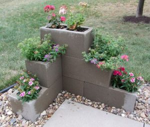 5 Flower Bed Landscape Ideas
